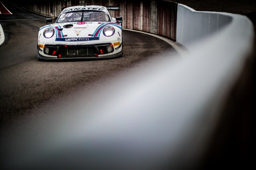 #22 GPX Martini Racing UAE Porsche 911 GT3-R (991.II) - - Matt Campbell AUS Earl Bamber NZL Mathieu Jaminet FRA Pro Cup IGTC, Pitlane, Race    SRO / Jules Benichou - 21creation