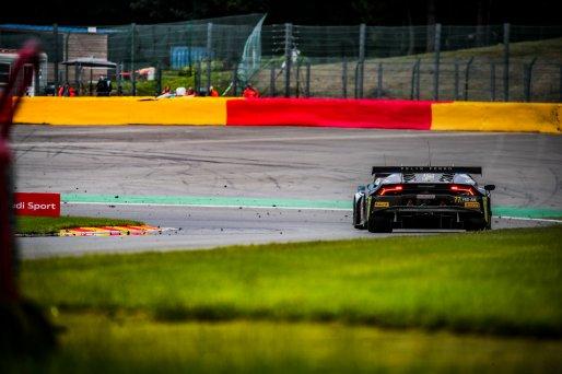#77 Barwell Motorsport GBR Lamborghini Huracan GT3 Evo Miguel Ramos PRT Leo Machitski RUS Henrique Chaves PRT Sandy Mitchell GBR Pro-Am Cup IGTC, GT3, Race  | SRO / Jules Benichou - 21creation