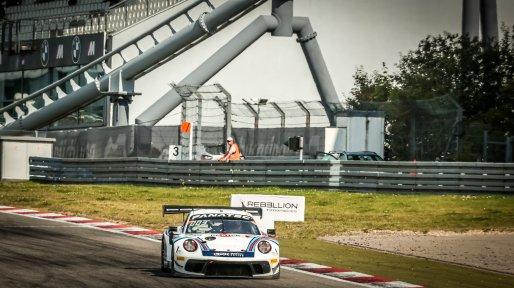 #22 GPX Racing UAE Porsche 911 GT3-R (991.II) Matt Campbell AUS Earl Bamber NZL Mathieu Jaminet FRA Pro Cup, Race  | SRO / Patrick Hecq Photography
