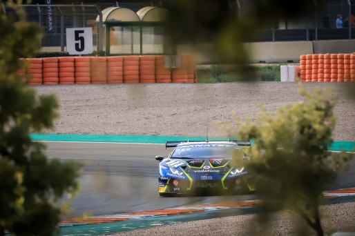 #77 Barwell Motorsport GBR Lamborghini Huracan GT3 Evo Miguel Ramos PRT Henrique Chaves PRT Pro-Am Cup, Free Practice  | SRO / Patrick Hecq Photography