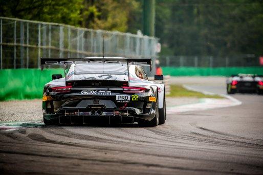 #22 GPX Martini Racing UAE Porsche 911 GT3-R (991.II) Matt Campbell AUS Earl Bamber NZL Mathieu Jaminet FRA Pro Cup, GT3, Qualifying  | SRO / Jules Benichou - 21creation